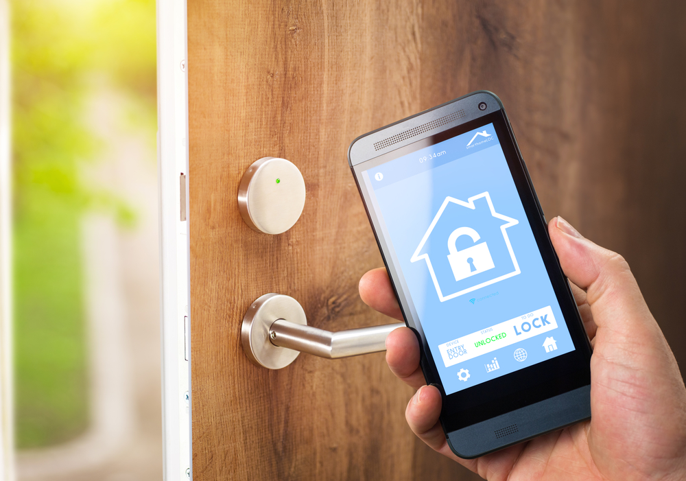 Smart Home Security in West Palm Beach | What Can I Control?